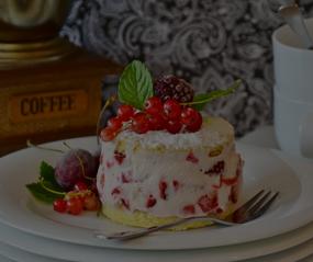 Az Kalori, Çok Mutluluk Çikolata ve Muzlu Pasta